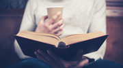 Jak w siedem tygodni zaimponować oczytanej dziewczynie