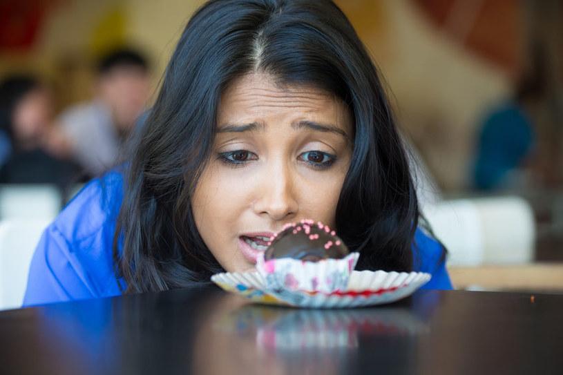 Jak walczyć z niepohamowanym apetytem na słodycze? /©123RF/PICSEL