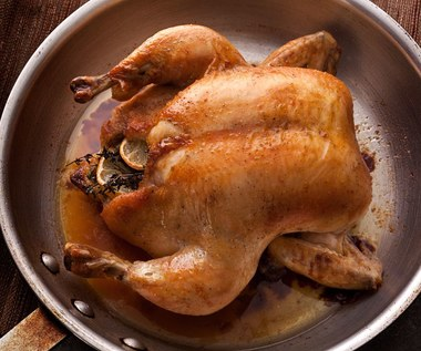 Jak woda poprawi jakość pieczonego kurczaka?