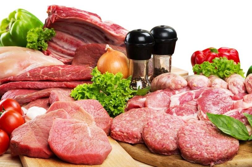 Jak wybrać najzdrowsze i świeże mięso? /©123RF/PICSEL