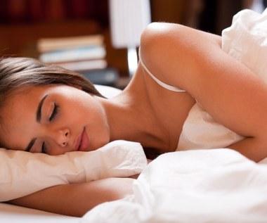 Jak wybrać odpowiednią poduszkę do spania?