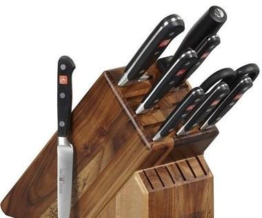 Jak wyczyścić drewniany stojak na noże?