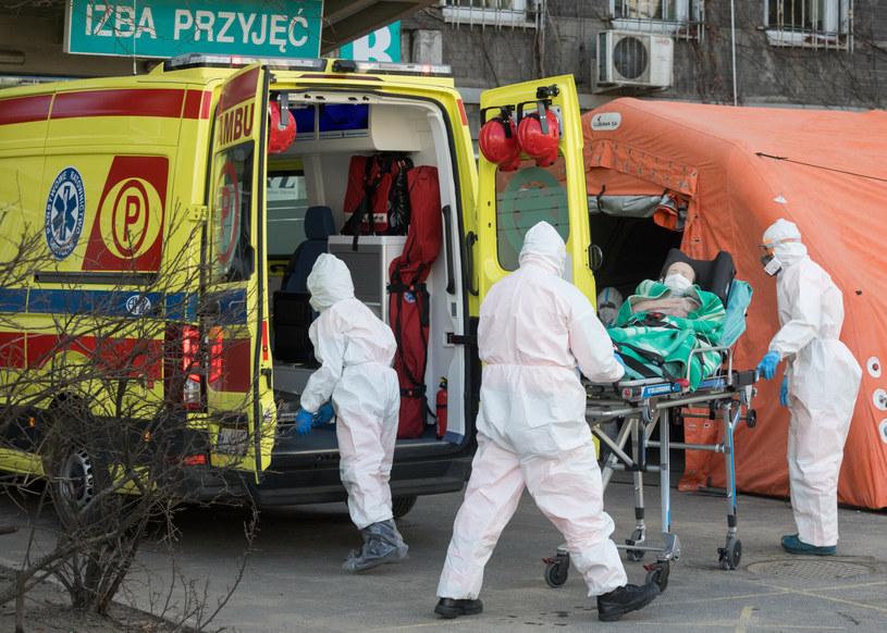 Jak wygląda sytuacja w szpitalach? Ministerstwo Zdrowia opublikowało nowe dane /Tomasz Jastrzebowski/REPORTER /Reporter