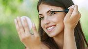 Jak wykonać letni makijaż?