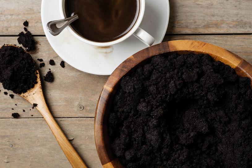 Jak wykorzystać kawę w ogrodzie? /©123RF/PICSEL