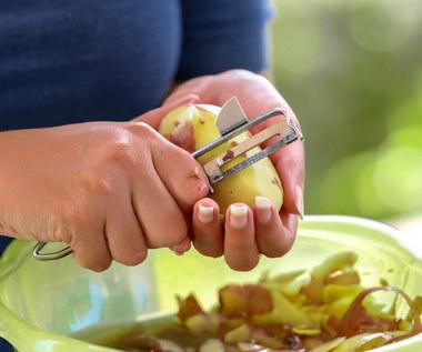 Jak wykorzystać obierki z ziemniaków? Skuteczne patenty