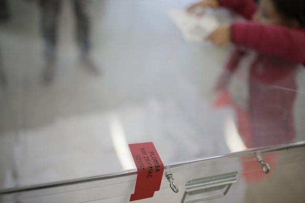 Jak wynika z najnowszych sondaży, zdecydowana większość Polaków opowiada się za przełożeniem planowanych na maj wyborów prezydenckich / Leszek Szymański    /PAP