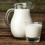 Jak wyprostować włosy przy pomocy mleka?