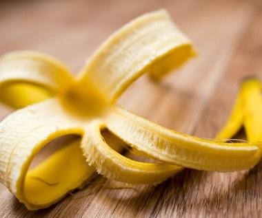 Jak wzmocnić bujny wzrost roślin skórkami z banana?