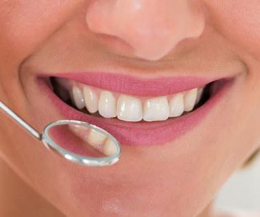 Jak wzmocnić szkliwo zębów?