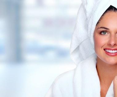Jak zadbać o skórę twarzy, szyi i dekoltu? Domowe sposoby
