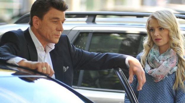 Jak zakończy się dla Tarnowskiej kolejny wieczór? Czy dziewczyna naprawdę odwiedzi prezesa… i nie będzie później tego gorzko żałować? /www.mjakmilosc.tvp.pl/