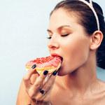 Jak zapanować nad podjadaniem? Oto pięć strategii