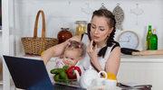 Jak zapewnić dzieciom opiekę podczas wakacji, kiedy ty musisz pracować?