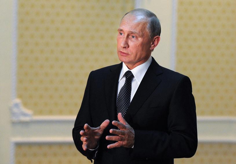 Jak zareaguje na upomnienie Putin? /AFP