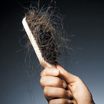 Jak zatrzymać wypadanie włosów z pomocą liści laurowych?