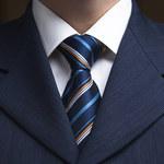 Jak zawiązać krawat w 20 sekund?