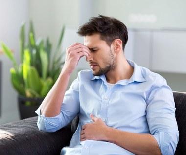 Jak złagodzić objawy choroby wrzodowej? Naturalne metody