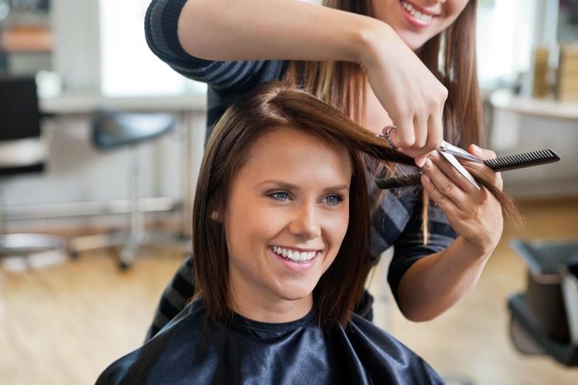Jak znaleźć fryzjera idealnego? To nie takie proste! /123RF/PICSEL