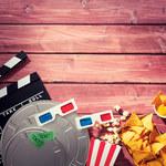 Jak zorganizować filmowy wieczór? Przekąski, gadżety, aranżacja