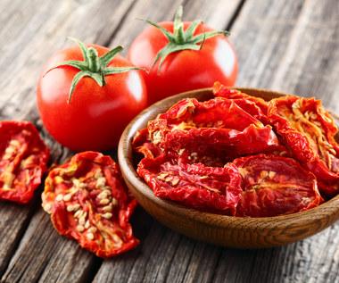 Jak zrobić domowe suszone pomidory?