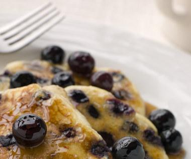 Jak zrobić domowy, słodki syrop do naleśników i deserów?