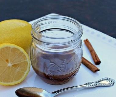 Jak zrobić domowy syrop na przeziębienie i kaszel?
