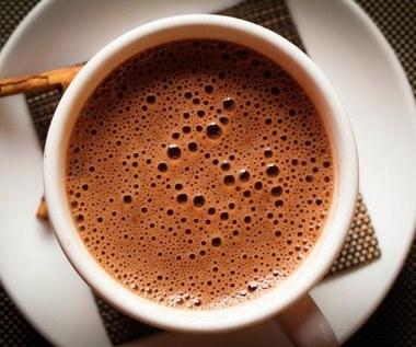 Jak zrobić gorącą czekoladę o zapachu ziół?