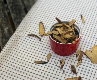 Jak zrobić herbatę z korzenia lukrecji?