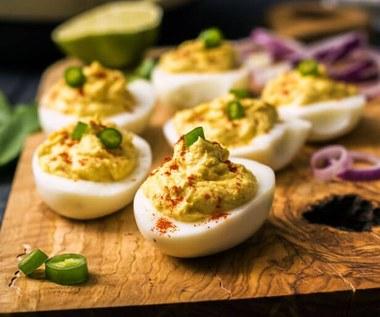 Jak zrobić jajka po diabelsku bez majonezu?