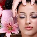 Jak zrobić masaż skóry głowy