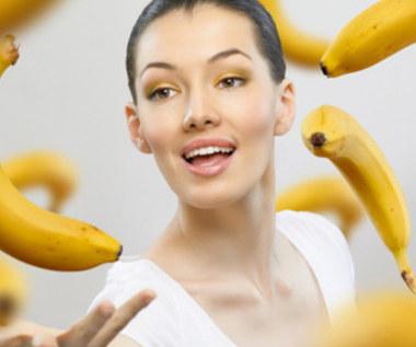 Jak zrobić maseczkę bananową dla suchej skóry?