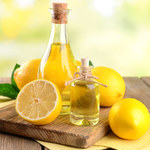 Jak zrobić maseczkę na paznokcie z oliwy i cytryny?