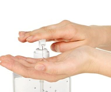 Jak zrobić naturalny środek dezynfekujący?