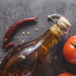 Jak zrobić olej z chilli?