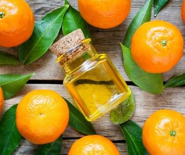 Jak zrobić olejek eteryczny? Domowe sposoby