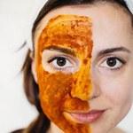 Jak zrobić peeling do twarzy z kurkumą?
