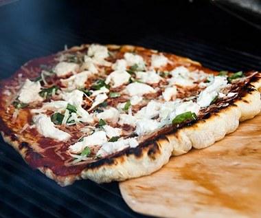 Jak zrobić pizze na grillu?