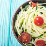 Jak zrobić spaghetti z makaronem z cukinii?