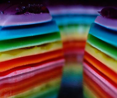 Jak zrobić tęczowy tort?