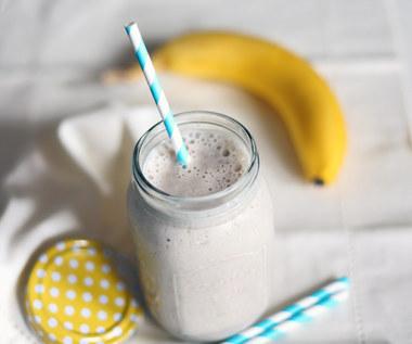 Jak zrobić wegańskie mleko bananowe?