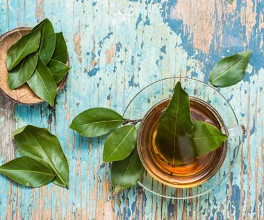 Jak zrobić wywar z liści laurowych: Na co pomaga?