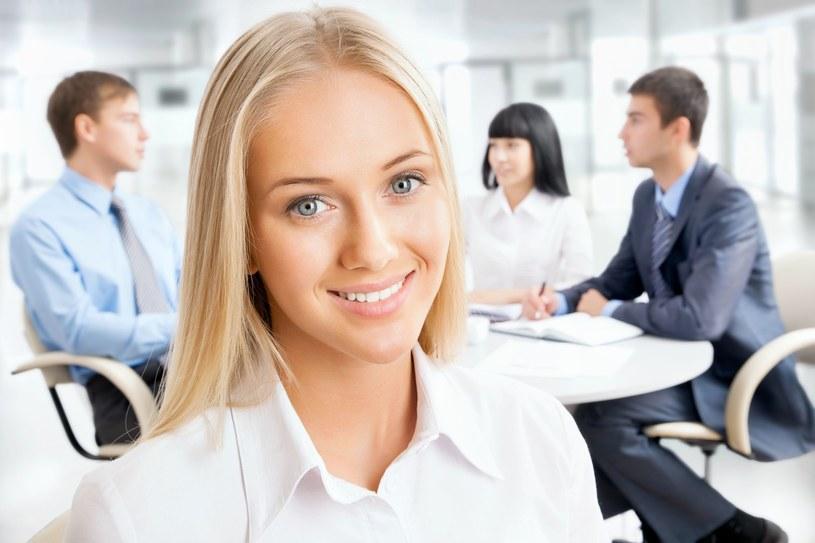 Jak zwiększyć zaangażowanie pracownika? /123RF/PICSEL