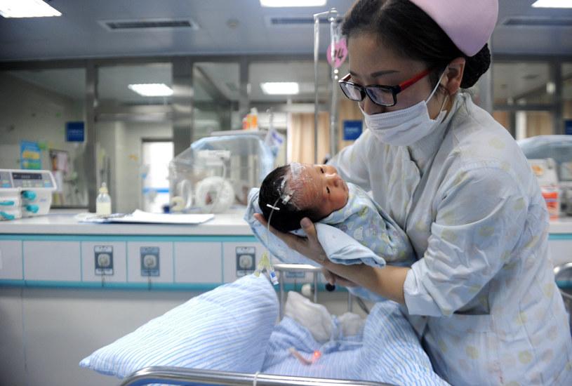 Jaka jest granica wieku, w którym kobieta może zajść w ciążę? W Chinach zdaje się to nie mieć znaczenia. Zdjęcie ilustracyjne /Xinhua News /East News
