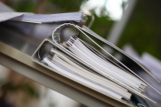 Jaką stawką VAT opodatkować refakturowaną usługę? /© Panthermedia
