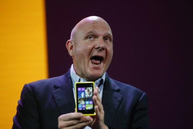 Jaki będzie autorski smartfon Microsoftu? /AFP