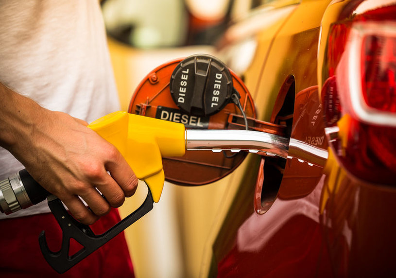 Jaki diesel tankować zimą? /©123RF/PICSEL