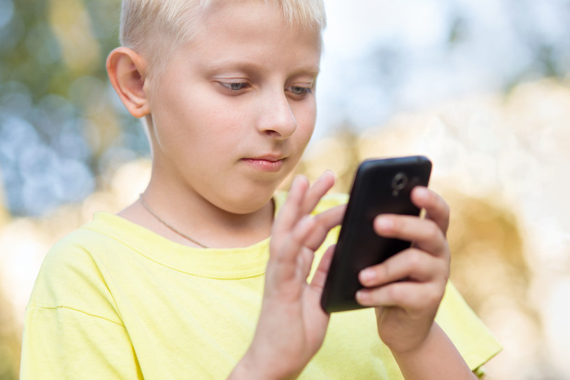 Jaki smartfon na Pierwszą Komunię? Staramy się odpowiedzieć na to pytanie /123RF/PICSEL