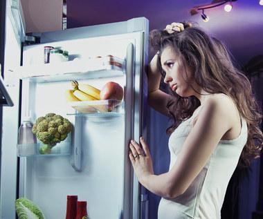 Jakich produktów spożywczych należy unikać przed snem?