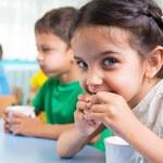 Jakich witamin i minerałów brakuje dzieciom?